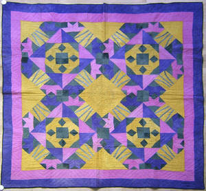 North Carolina Amish pieced quilt ca 1900