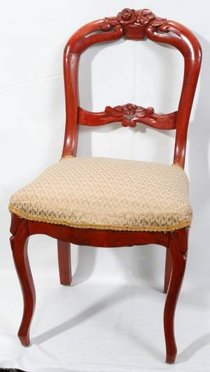 042513 VICTORIAN STYLE UPHOLSTERED SIDE CHAIR