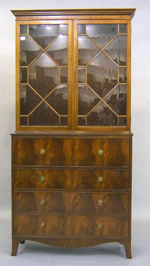 Hepplewhite style mahogany bachelors desk