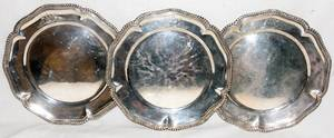 031045 VICTORIAN STERLING SERVICE PLATES LONDON