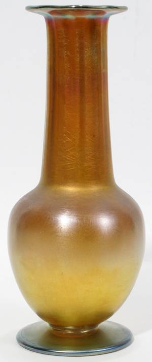 021018 L C TIFFANY GOLD FAVRILE VASE C 1892 H 8