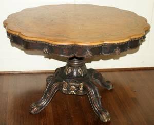 021029 ENGLISH WALNUT PEDESTAL TABLE H 28 DIA 44
