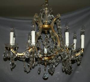 020055 GILT METAL AND CRYSTAL 9LIGHT CHANDELIER H 22