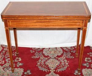 062078 MAHOGANY INLAID SHERATON STYLE GAMES TABLE