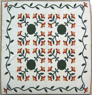 Large calico applique quilt early 20th c