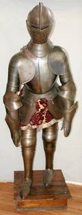 082122 SUIT OF ARMOR H 6 2 ON BASE