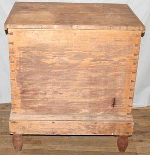 061302 AMERICAN MAPLE BLANKET CHEST 19TH C H 37