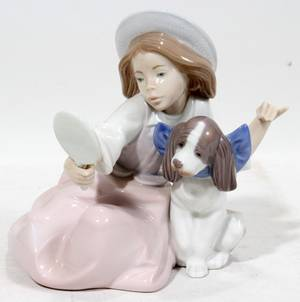 111424 LLADRO FIGURE OF A GIRL WITH DOG 5458 H 5 12