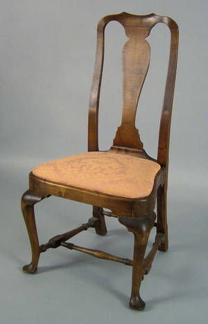 Boston Massachusetts Queen Anne maple dining chair ca 1745