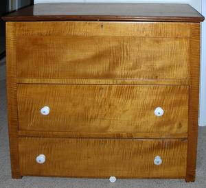 071024 AMERICAN MAPLE BLANKET CHEST 19TH C H 38