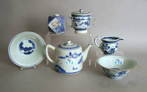 Six pcs of Chinese export blue and white porcelain