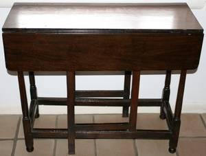 121179 ENGLISH OAK DROPLEAF TABLE WITH GATE LEG