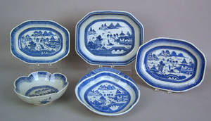 Five Canton serving pieces early 19th c