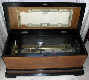 102169 SWISS ANTIQUE CYLINDER MUSIC BOX 19TH C