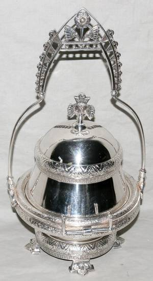 121260 VICTORIAN ELECTROPLATE SILVER BUTTER DISH