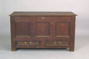 Pennsylvania William  Mary walnut blanket chest ca 1715