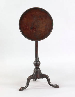 Delicate Pennsylvania Queen Anne walnut candlestand ca 1760