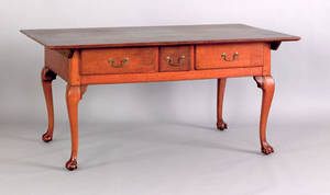 Pennsylvania Chippendale walnut tavern table ca 1770
