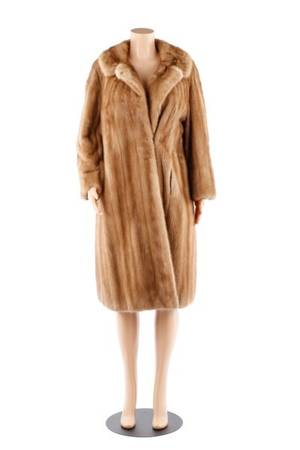 Ladies Whiskey Mink Stroller Coat Female Pelts