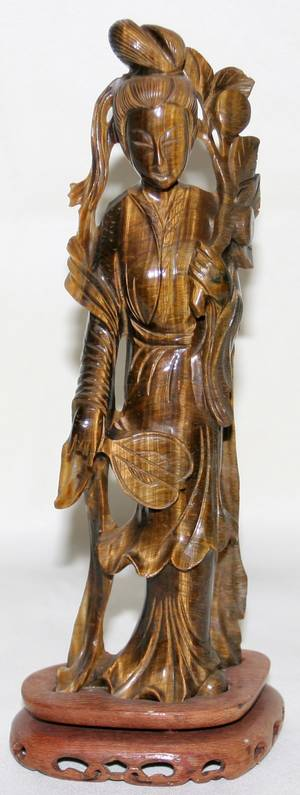 101092 CHINESE CARVED TIGERS EYE FIGURE OF QUAN YIN