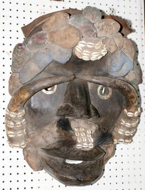 121184 AFRICAN CARVED WOOD MASK GHANA C1900 H24