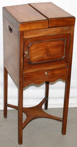 112150 ENGLISH MAHOGANY DRESSING TABLE C1800 L31
