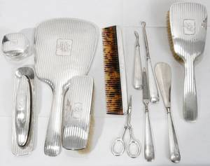 101269 R WALLACE  SONS STERLING SILVER DRESSER SET