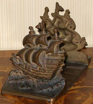 113056 BRONZE SHIPFORM BOOKENDS PAIR H55 W8