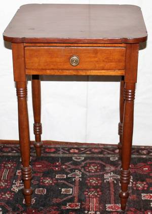 041073 AMERICAN CHERRY SINGLEDRAWER STAND H 28