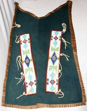 011137 AMERICAN INDIAN BEADED WOOL LEGGINGS 41x14