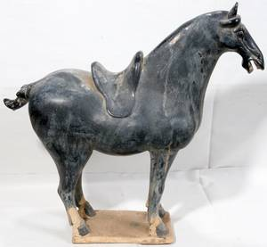 060068 CHINA MING DYNASTY STYLE TERRACOTA HORSE