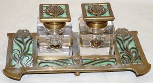 041133 ART GLASS BRASS  CRYSTAL INKWELL
