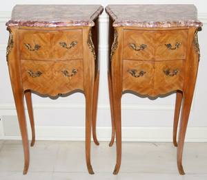 042159 LOUIS XV STYLE WALNUT MARBLE TOP END TABLES