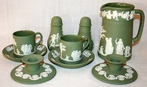 032236 WEDGWOOD MOSS GREEN JASPERWARE GROUPING