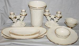 022303 LENOX IVORY CHINA WITH SERVING PIECES 25 PCS
