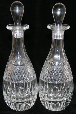 051397 WATERFORD STYLE CRYSTAL DECANTERS PAIR H 10