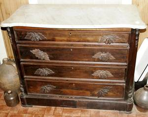 010353 VICTORIAN MARBLE TOP WALNUT CHEST OF DRAWERS
