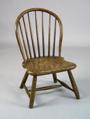 Camden New Jersey bowback windsor childs chair ca 1800