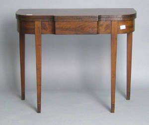 Mid Atlantic Federal mahogany card table