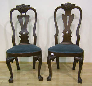Pair of Kittinger Queen Anne style dining chairs