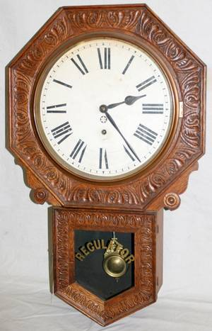 032545 CARVED OAK REGULATOR CLOCK C 1900 H 27