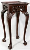 011622 CHIPPENDALE TABLEPLANT STAND 20TH C H325