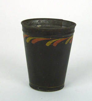 Black tole decorated cup