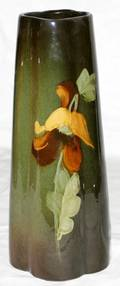 101103 AMERICAN ART POTTERY VASE EARLY 20TH C
