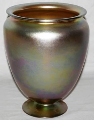 102099 STEUBEN GOLD AURENE ART GLASS VASE H11 DIA9