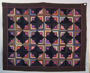 Amish pieced log cabin quilt ca 1920