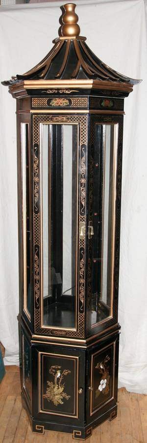 100087 CHINOISERIE BLACK LACQUERED CURIO CABINET