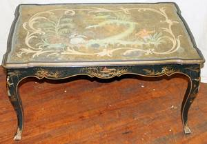 092302 JAPANNED COFFEE TABLE WITH INSET GLASS TOP
