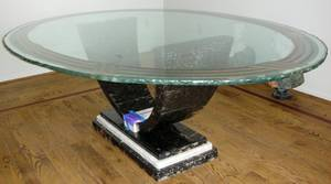 091297 CONTEMPORARY GLASS TOP DINING TABLE 62 X 90