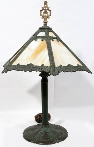 090208 SLAG CARMEL LEADED GLASS PANEL SHADE LAMP